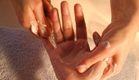 Handpackung mit Massage in meiner Heidefarm TB