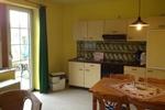 Wohnbereich und Küchenzeile des Landhaus Appartements für 2 - 4 in meiner Heidefarm